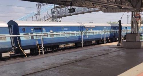 Railways come up with 'Route Rationalisation' for Shramik Special Trains