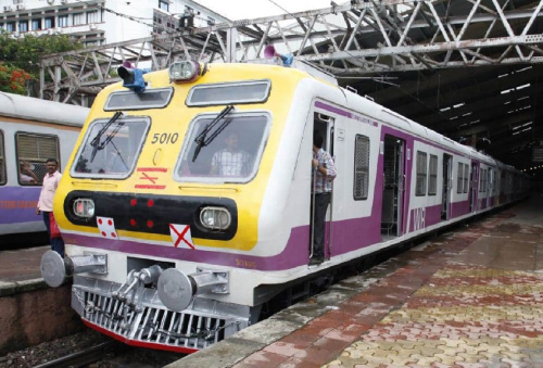 Mumbai Locals to Resume Today for Essential Staff