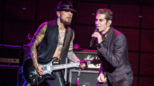 Jane's Addiction at Irvine Meadows Amphitheatre (Photo by Carl Pocket)
