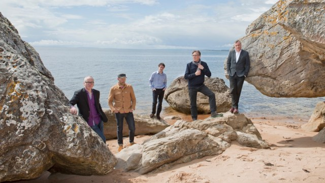Teenage Fanclub (Photo by Donald Milne)