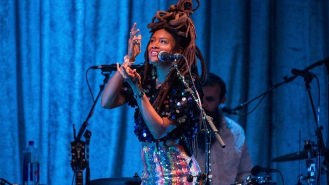 Valerie June at the REgent Theater (Photo by Jessica Hanley)