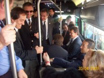 The governor and his officials in the first official trip to the Flyer. Photo by Jorge Luis Guevara.