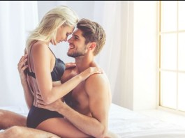 Six sexy things you can talk about while dirty taking with your girlfriend