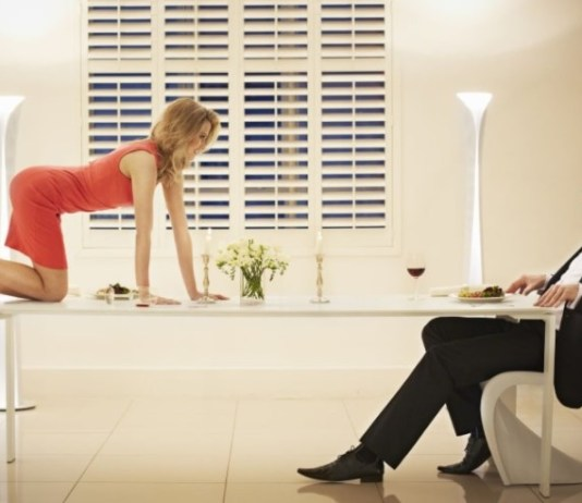 Sex on the first date okay or not ?