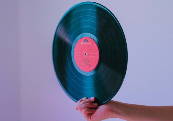 Bandcamp vinyl crowdfunding