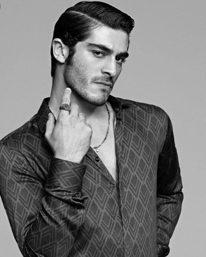 Burak-Deniz-Hot-Turkish-Actor-Turkish-men-photos-hairstyle-potoshoot