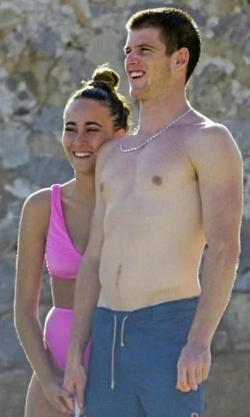 Miguel Bernardeau Photos with his Girlfriend Aitana Ocaña hot