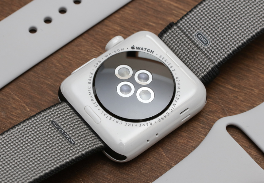 Apple-Watch-Series-2-Edición-Blanco-Cerámica-aBlogtoWatch-10
