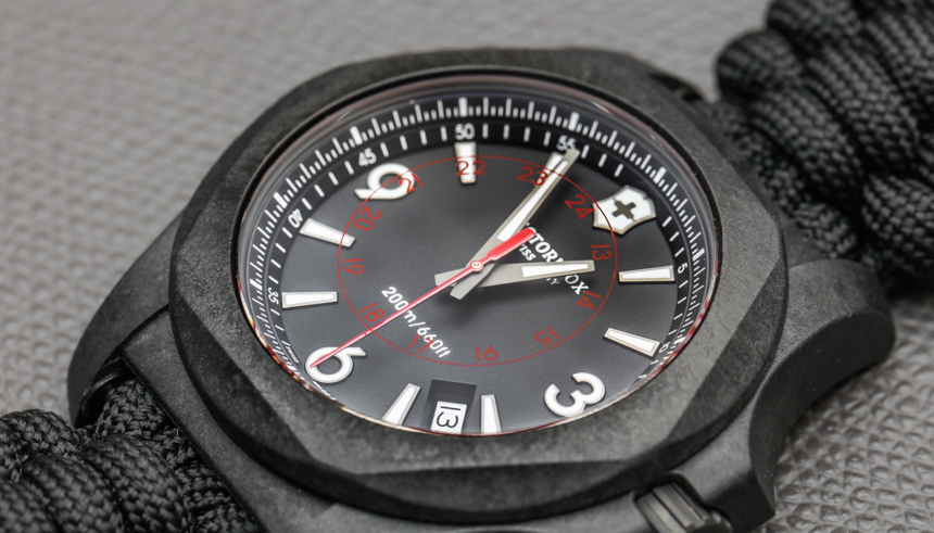 Victorinox-Swiss-Army-INOX-Carbon-Naimakka-Paracord-Strap-aBlogtoWatch-02