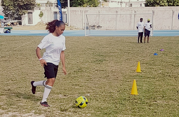 bvi-girls-compete-on-a-level_