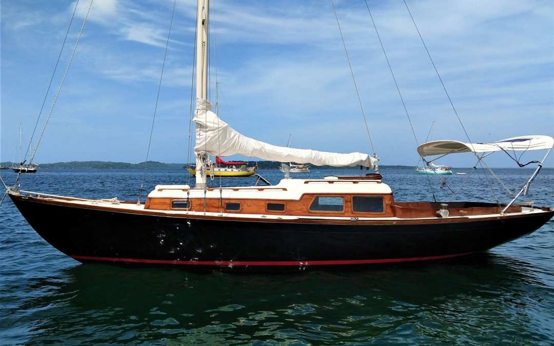 31′ Cheoy Lee Offshore 31