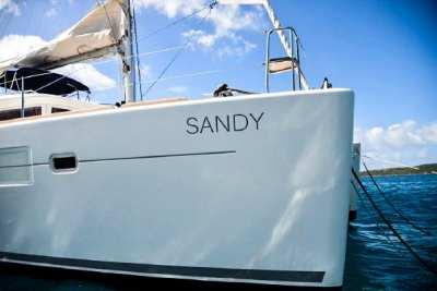 45 Lagoon 450 Sandy-2