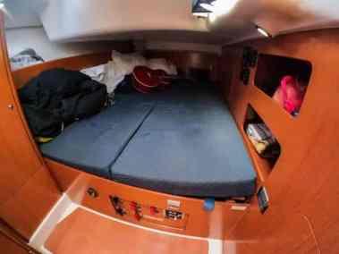 Beneteau Cyclades 50 Tatonka-01 cabin