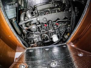 Beneteau Cyclades 50 Tatonka-01 engine