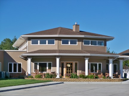 Courtyard Terrace | Nebraska Assisted Living | Nebraska Senior Living