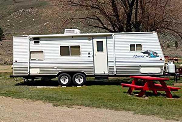 30-Foot Nomad Recreation Vehicle