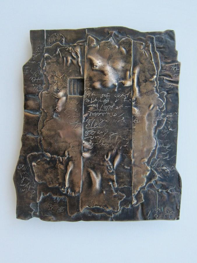 Palimpsest, brąz, 33 x29x1cm, 2008r