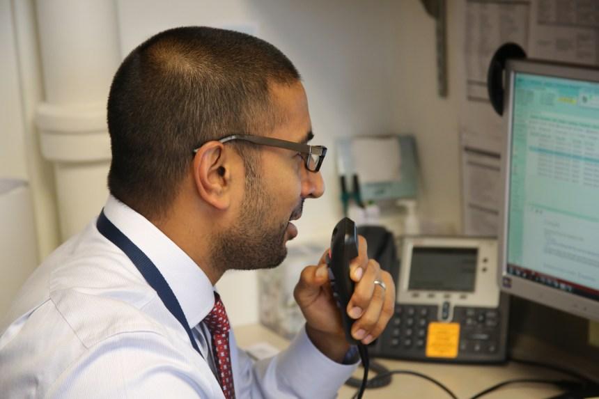 Rajesh Patel, MD, demonstrates his use of Dragon Medical 360.