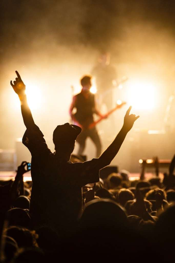 concert-photography-crowd