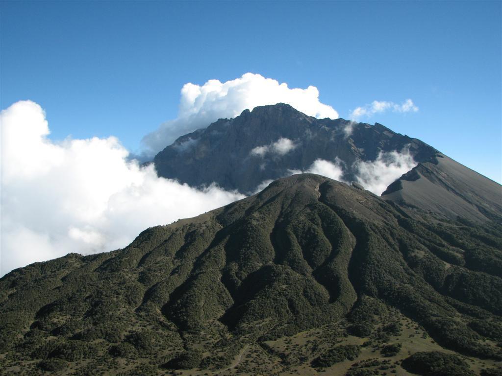 Mount Meru Trekking, 3 Days