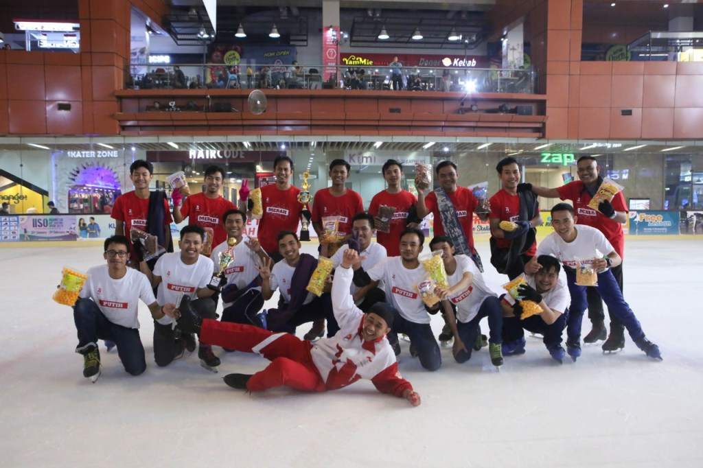 Futsal on Ice di BX Rink Bintaro Xchange Ice Skating RInk HUT RI 74 - 22