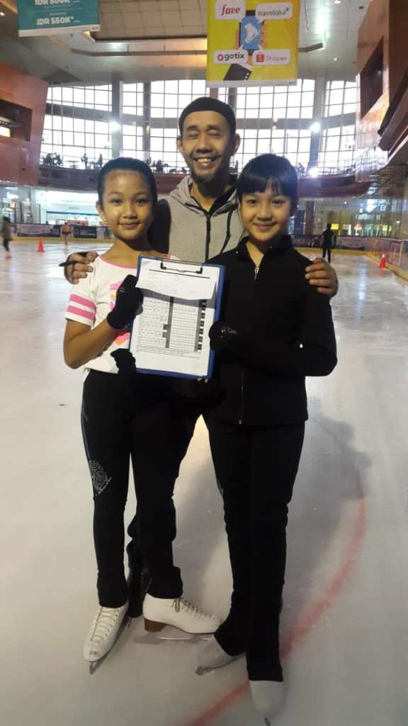 Mazaya dan Zanuella Skaters BX Rink (Couple Tech 2)