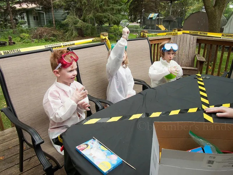 Science Party -by amber's hands-