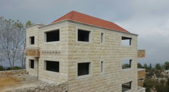 Villa for Sale Mechmech Jbeil Housing Area 550Sqm Land Area 862 Sqm