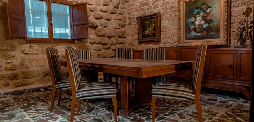 Old House for Sale Batroun City Area 306Sqm