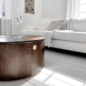 Signe coffee table