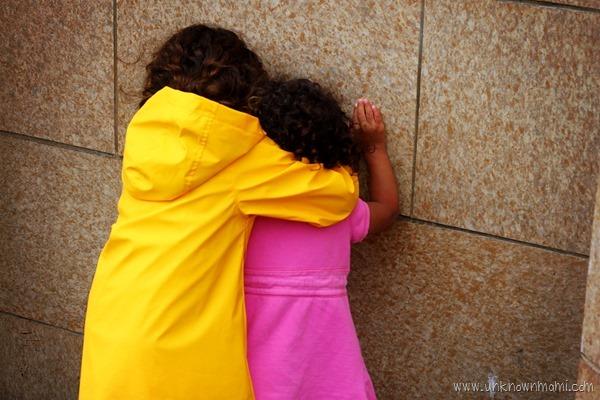 Sisters_hugging-unknownmami