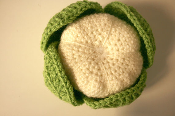 Coliflor realizada en crochet | By Cousiñas