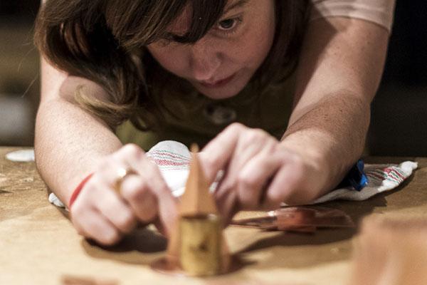 Ruth Uve en la casa taller de Álvaro Catalán de Ocón   By Cousiñas