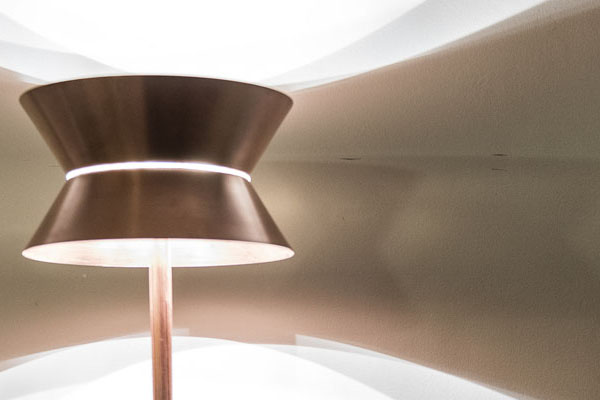 La Flaca, lámpara diseñada por Álvaro Catalán de Ocón   By Cousiñas