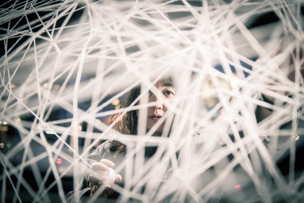 Chiharu Shiota, arte textil y punto