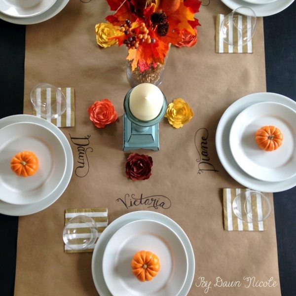 Kraft Paper Table Runner & Simple Thanksgiving Tablescape | bydawnnicole.com