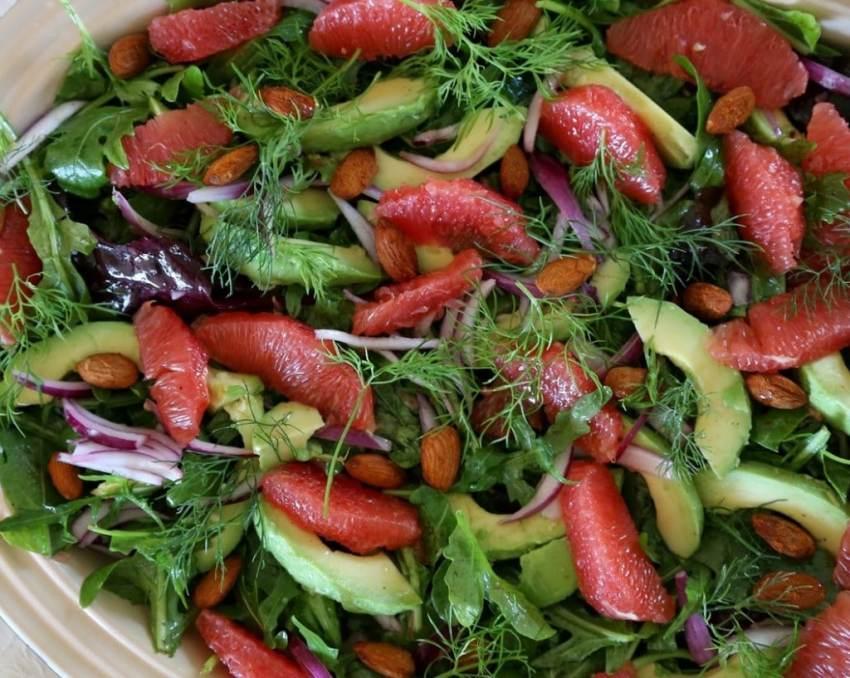 avocadosalat, chili mandler, grape salat, sommersalat