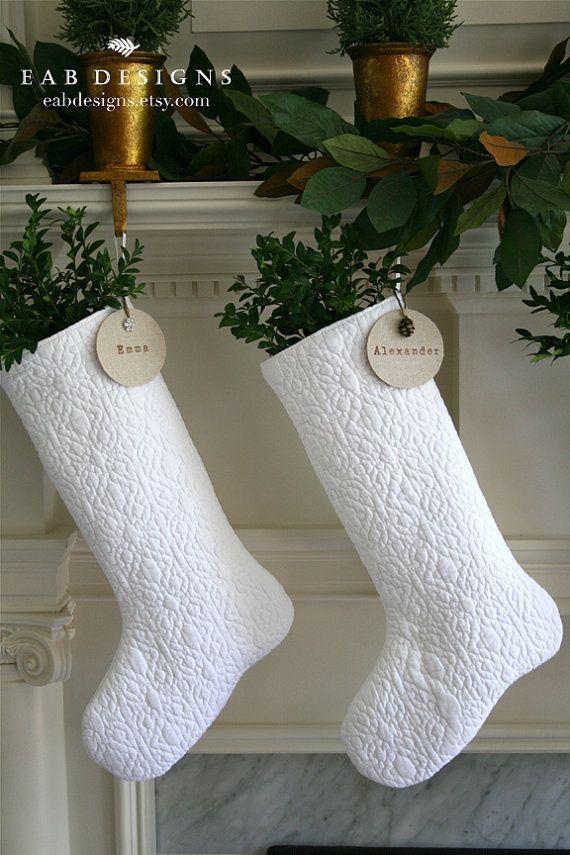 Julestrømper - snart kommer nissen og fyller julestrømpene