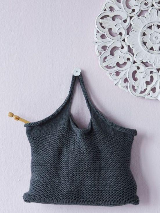 http://web.archive.org/web/20150225001910/http://dailyfix.co.za/crafts/tote-bag-2