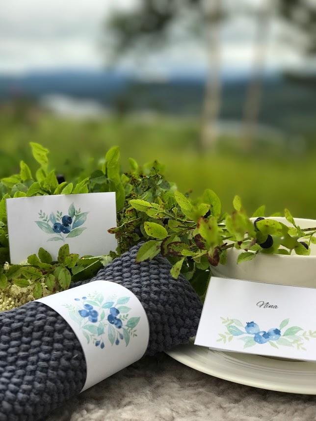 Blåbær – bordkort og serviettringer til høstens vakre bord