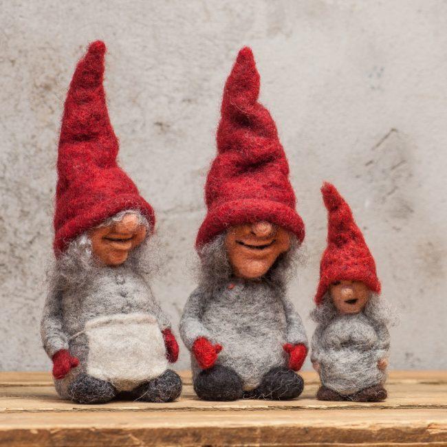 Strikket eller filtet julepynt og julegaver