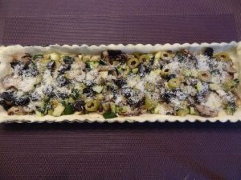 tarte-champignons-courgettes-olives-2