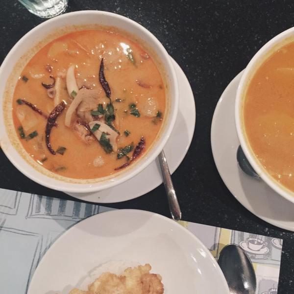 Last dinner in Bangkok - Ăn tại Coffee Bean by Dao - Nhà hàng này là mọi người office ở Thái giới thiệu. Món ăn ngon, giá hơi cao, tuy nhiên phục vụ kém =.=