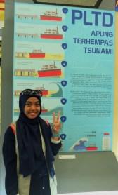 Papan Poster Informasi di Museum dalam lambung kapal PLTD Apung