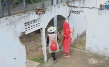 Bekas Rumah, yang menjadi situs Tsunami Aceh disamping PLTD Apung. Bagus juga untuk foto para Model