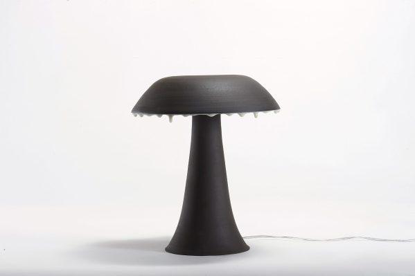 Lampe fluide ou lampe champignon en grès noir et émail blanc