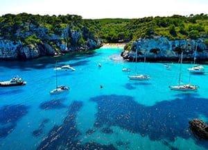viaje de vacaciones en velero a menorca