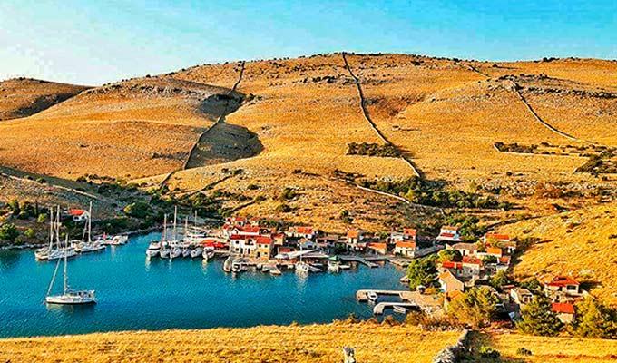 Viaje de Vacaciones en Velero a Croacia - Islas Kornati - Bahía de Zornik