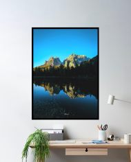 ins-mountain-lake