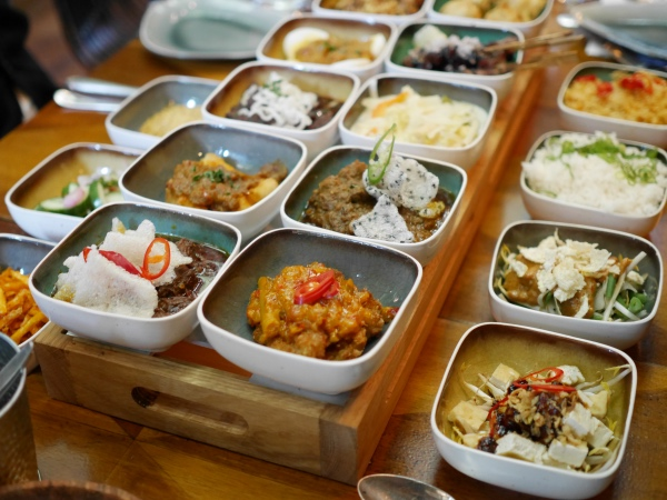 ron-gastrobar-indonesia-rijsttafel-restaurant-nieuw-blaauw